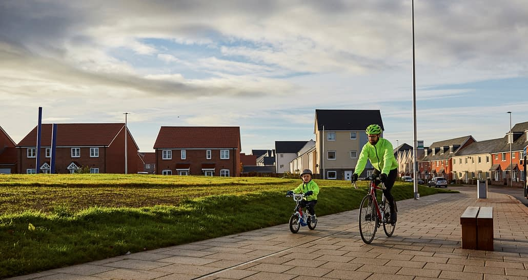 Cranbrook Father and child cycling