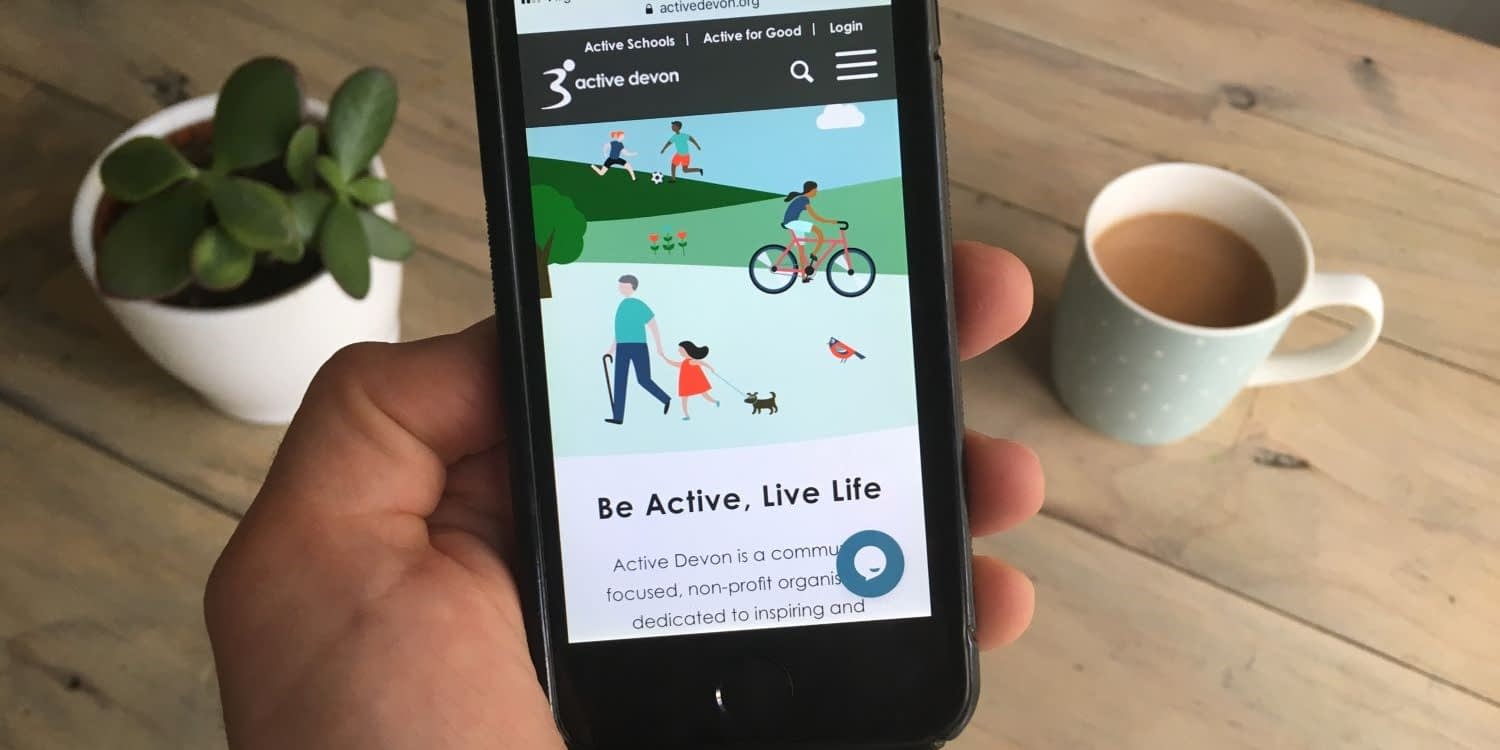 Active Devon live chat function on device